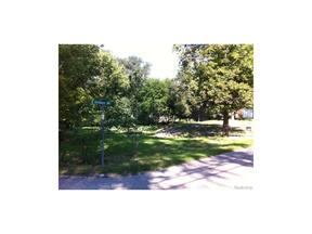 Property for sale at 3131 Seebaldt AVE, Waterford Township,  MI 48329